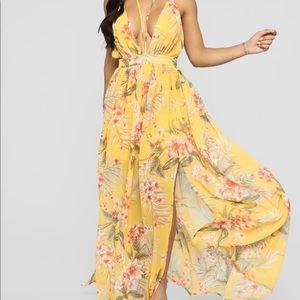 Fashion Nova Tropical Printed Maxi Dress size M